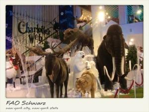 -Postcard_of_FAO_Schwarz-20000000002937287-500x375